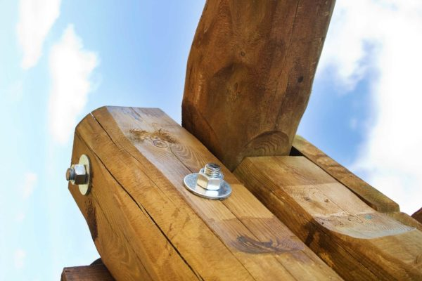 RS-Industrial-Supplies-Slider-Timber-Construction-3-IMG-Wood-Log-Fastener-1704
